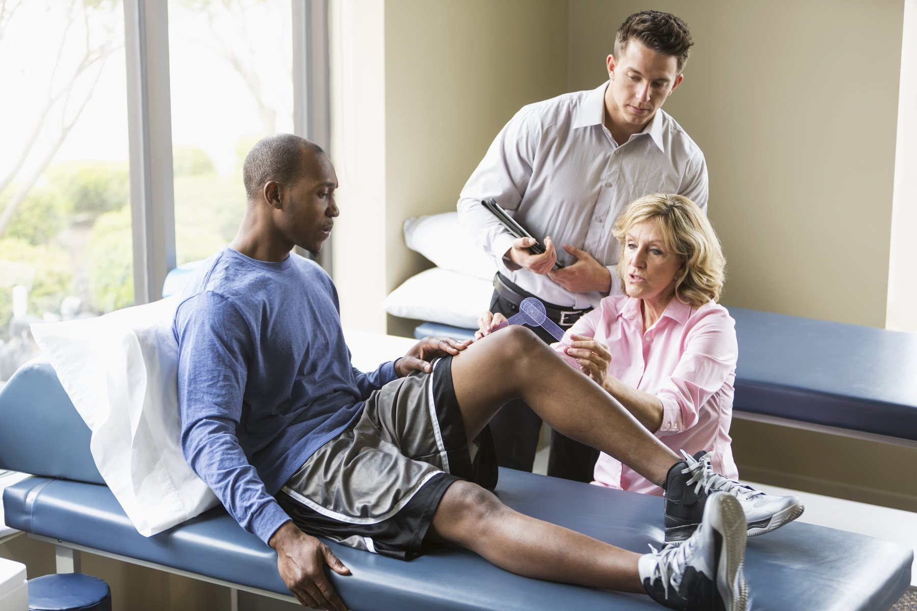 How to Prevent Knee Injury While Exercising